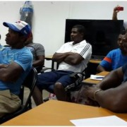 Dirigentes de los pescadores en la Isla de San Miguel reunidos con Administrador General Encargado Mgtr. Iván E. Flores